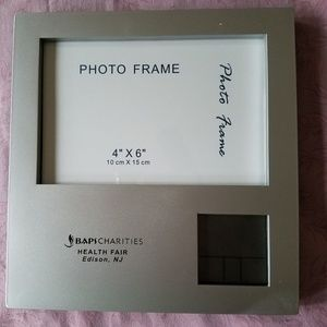 Photo Frame, Clock , Alarm, Thermometer All in One